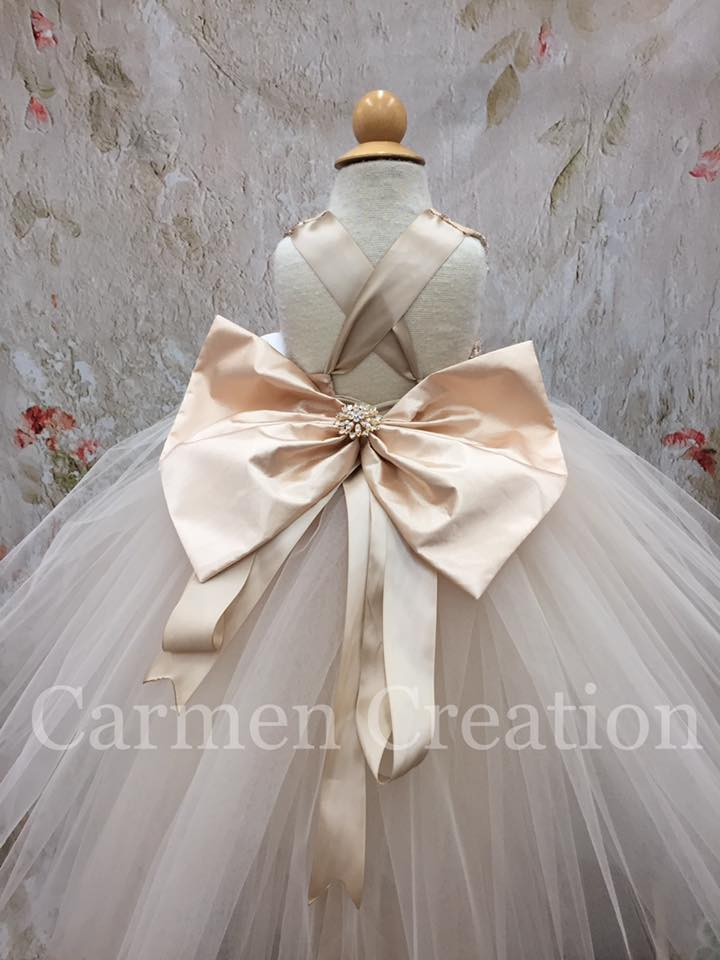 carmen_creation_champagne_cc_dress_6